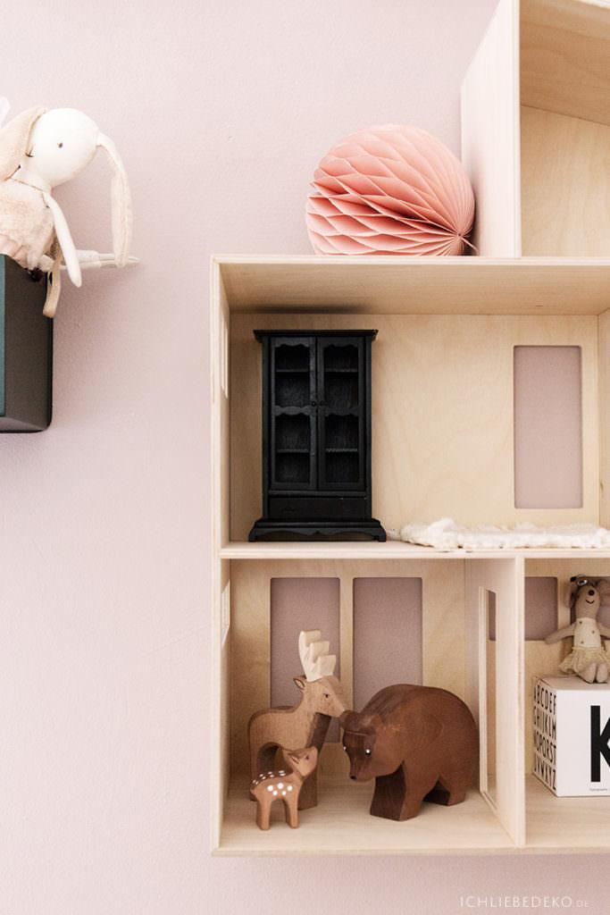 puppenhaus-von-ferm-living-aus-sperrholz