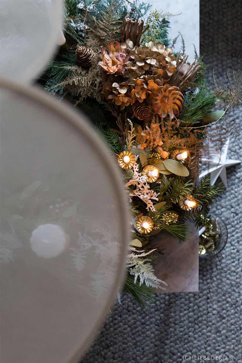 selbst-gebundener-adventskranz-details