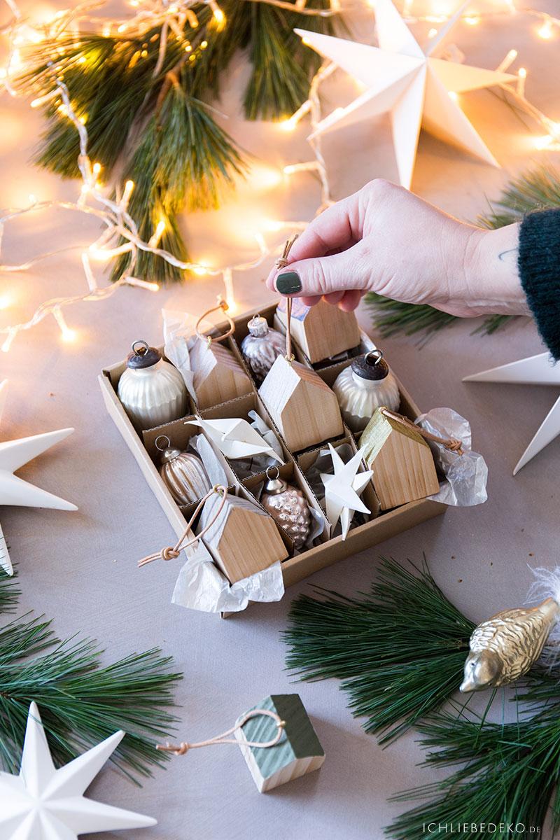 selbstgemachte-haeuschen-anhaenger-fuer-den-weihnachtsbaum