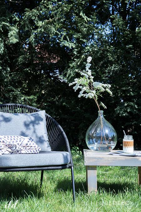 diy kleiner gartentisch aus holz selbst bauen ich liebe deko. Black Bedroom Furniture Sets. Home Design Ideas