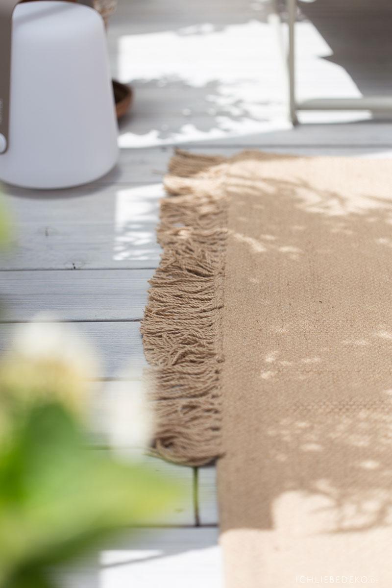 teppich-aus-recycelten-pet-flaschen-ferm-living