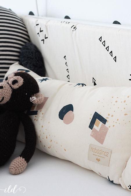 mein baby schl ft nicht jetzt wird das babybett optimiert. Black Bedroom Furniture Sets. Home Design Ideas