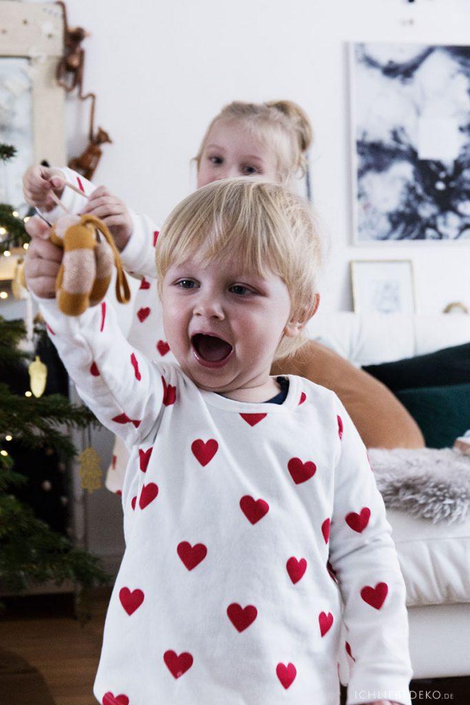 Weihnachten im Schlafanzug von Petit Bateau