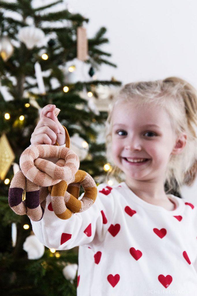 Weihnachtsanhänger Brezel von OYOY