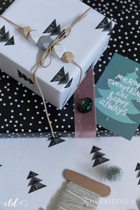 weihnachtsgeschenkverpackung-mit-hexagonholzperlen