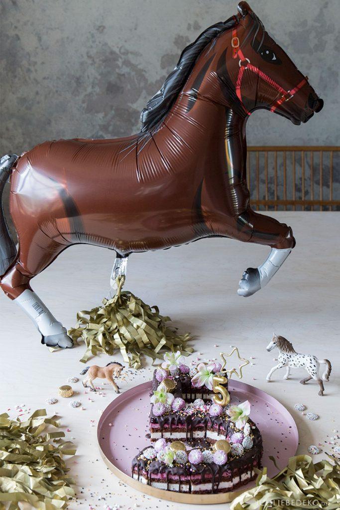 zahlenkuchen-lettercake-5-zum-pferdegeburtstag